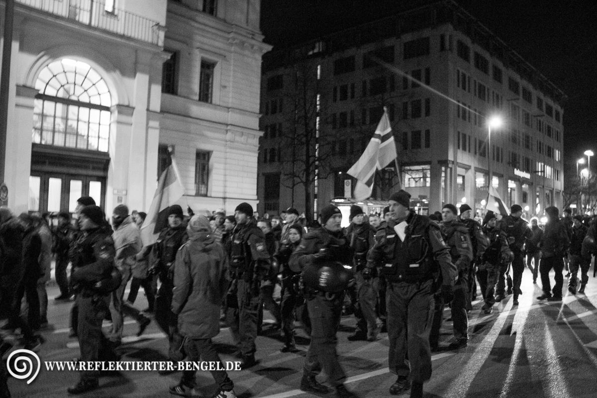 05.01.15 München - Muegida Aufmarsch