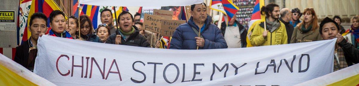 Demo: Flagge zeigen für Tibet!