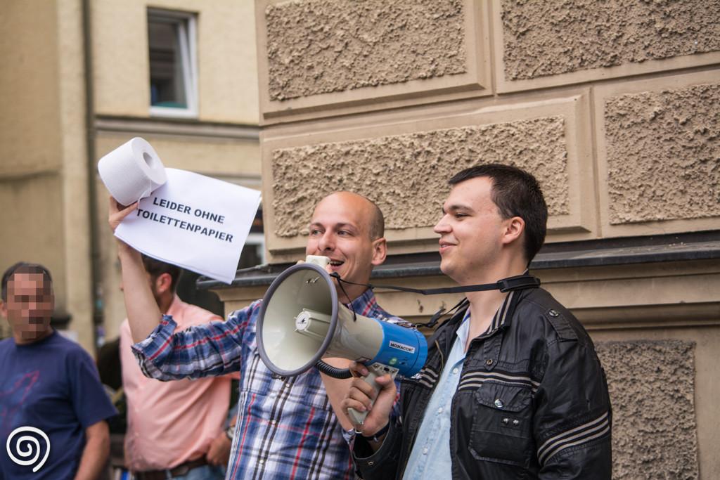 09.07.15 München - Kundgebung EWH Tim Homuth Patrick Samborski