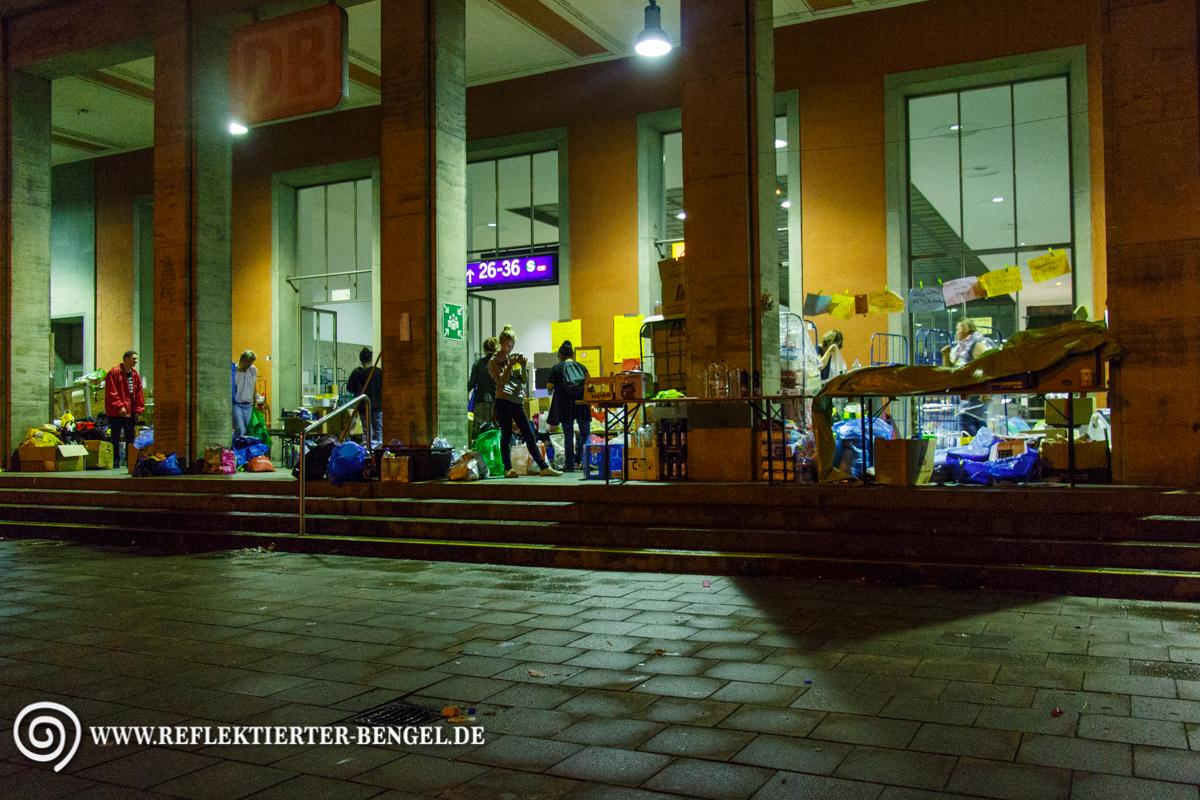 01.09.15 München - Flüchtlinge am Hbf