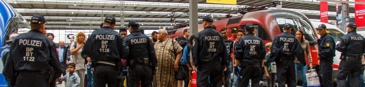 Geflüchtete kommen am Münchner Hbf an