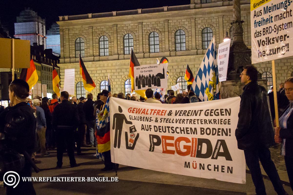 Pegida München Kundgebung am Max-Joseph-Platz