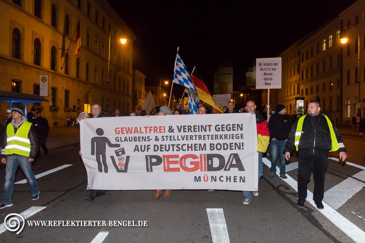 12.10.15 München - Pegida München