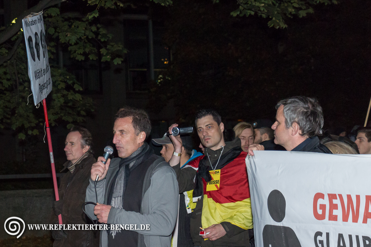 12.10.15 München - Pegida München Heinz Meyer