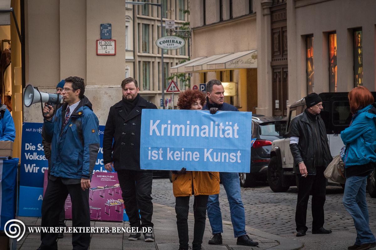 16.10.15 München - AfD Kundgebung vor den Münchner Kammerspielen