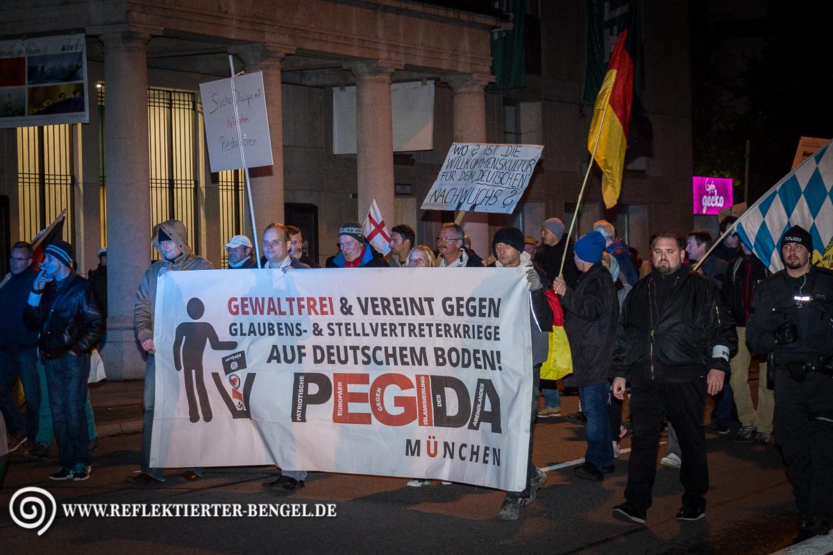 19.10.15 München - Pegida München