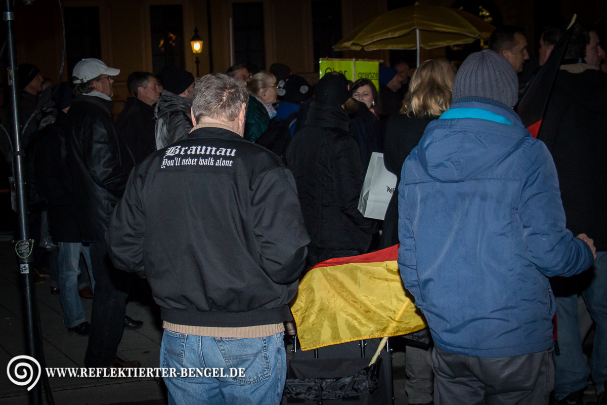 19.10.15 München - Pegida München Manfred S.