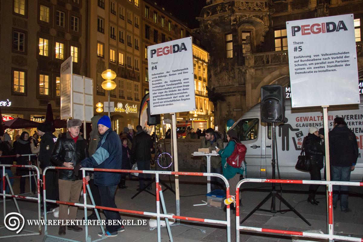 14.01.16 München - Pegida Infostand