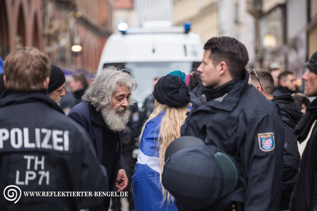 13.02.16 München - Demo gegen die Sicherheitskonferenz, Wolgang Blaschka, Kathrin Oertel