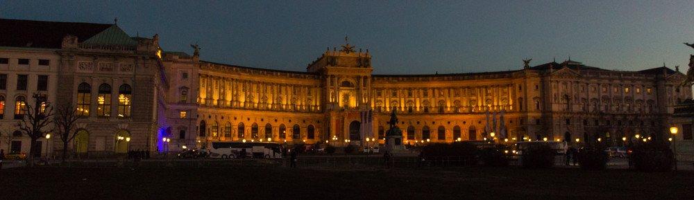Wiener Akademikerball und Gegenproteste