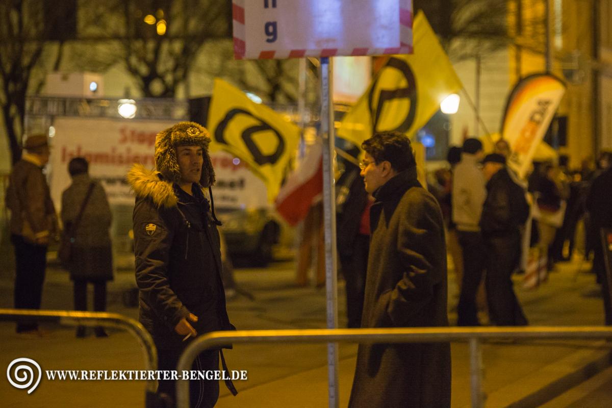 21.03.16 München - Pegida München u. Gegenproteste, Hendra Kremzow, Stephane Simon