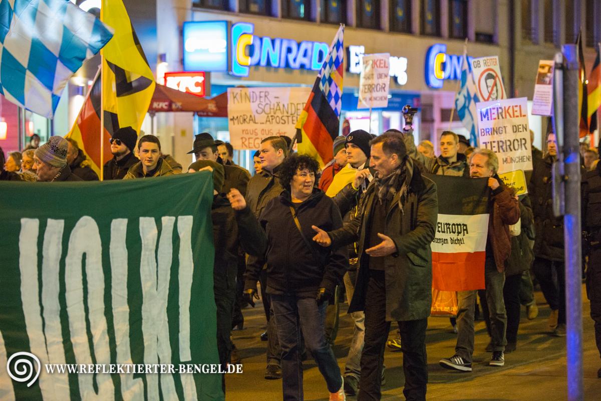 21.03.16 München - Pegida München u. Gegenproteste, Heinz Meyer, Petra K.