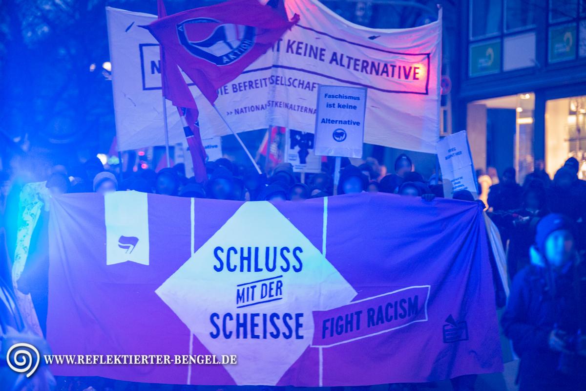 21.03.16 München - Pegida München u. Gegenproteste