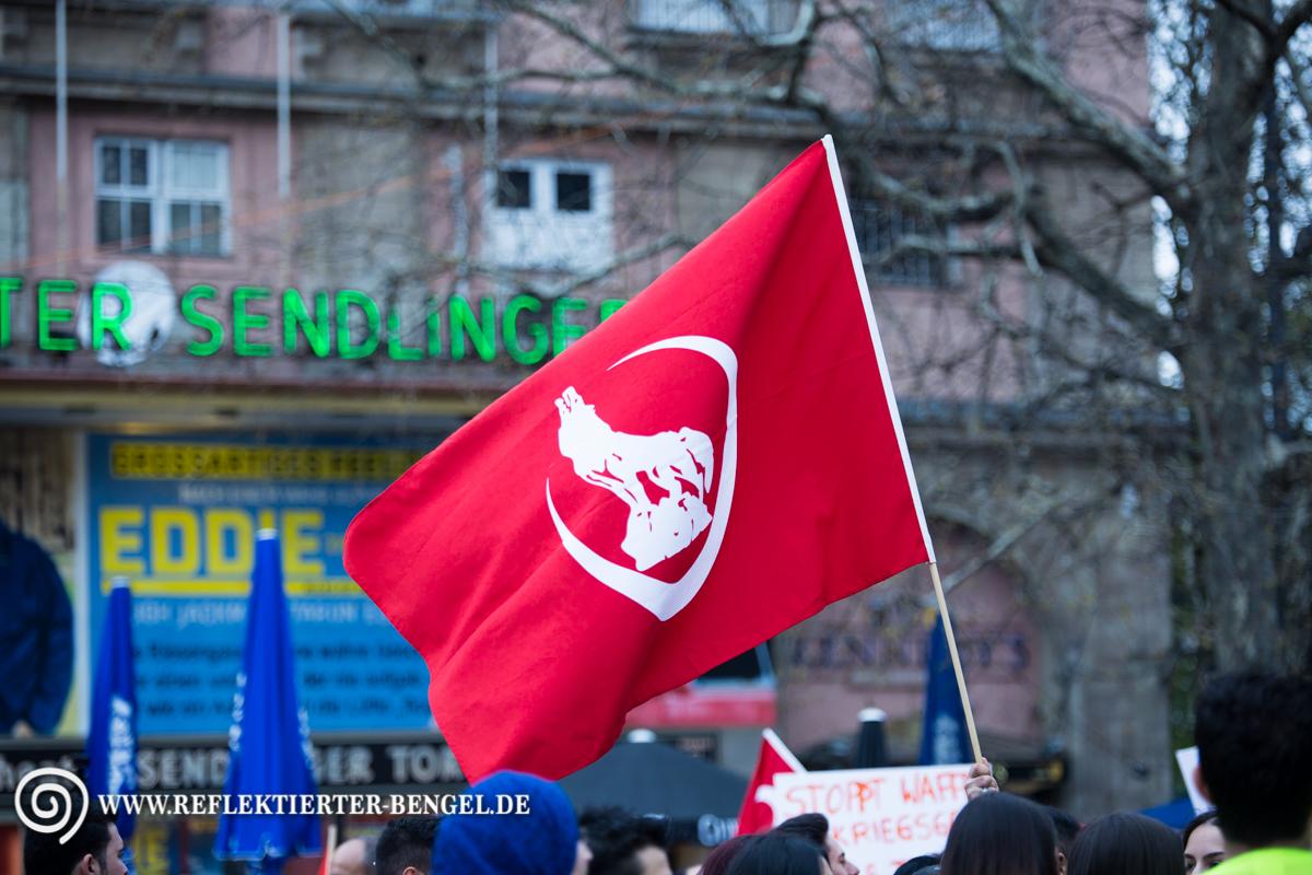 10.04.16 München - Demo Türkischer Nationalist*innen, Grauen Wölfe