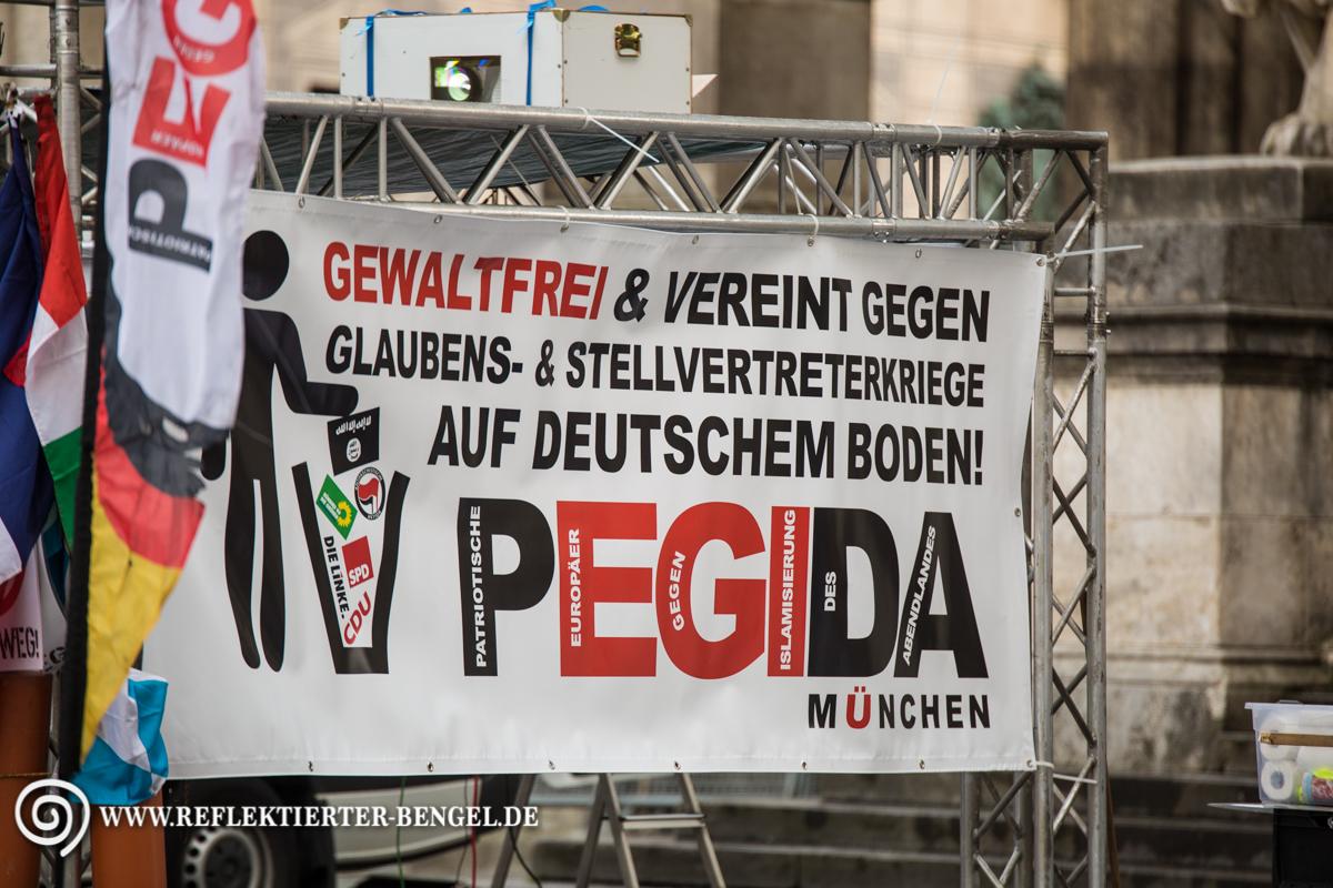 25.04.16 München - Pegida München