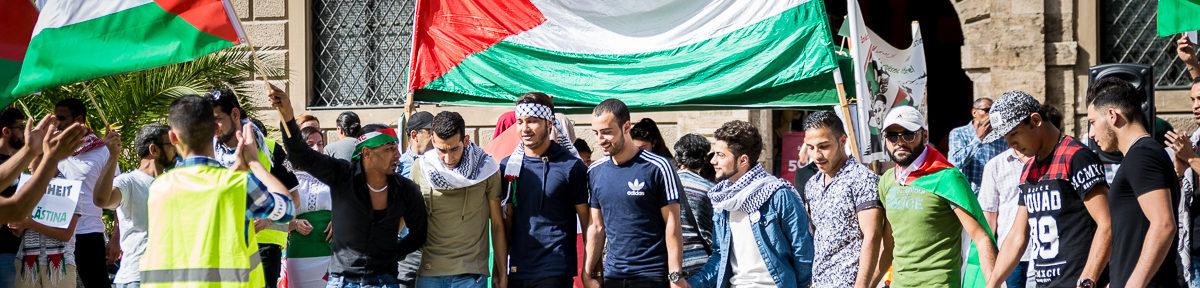 """Journalist bei """"Freiheit für Palästina"""" Kundgebung attackiert"""